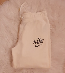Nike trenerka xs-s