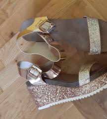 Nove sandale mass