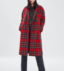 Zara crveni karirani kaput