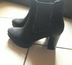 Crne kozne cizme Lasocki iz CCC-a