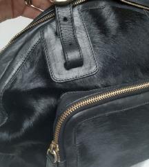 FURLA crna kožna torba pony dlaka