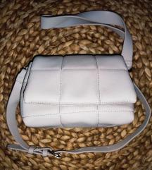 Mango bijela kožna torbica