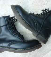 Crne kožne čizme gležnjače, kopija Dr.Martens, 40