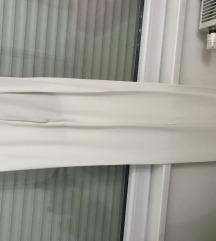 Zara S bijele hlace