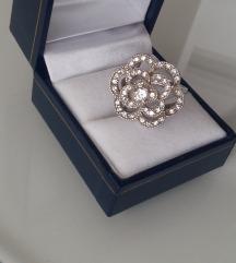 Predivan prsten snižen na 320