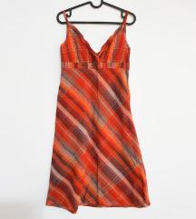 Ljetna narančasta karirana haljina na britelice