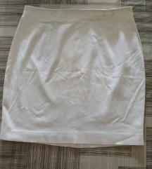 Bijela meka suknjica