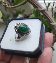 Prsten s kamenom srebro