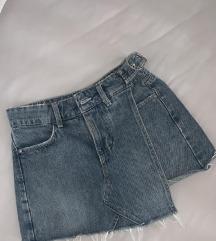Guess suknja/kratke hlače