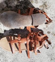 Sandale nošene, u odličnom stanju