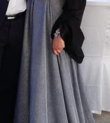 Srebrna haljina sa sljokicama