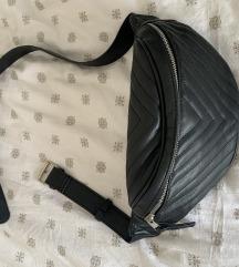 Stradivarius pojasna torbica