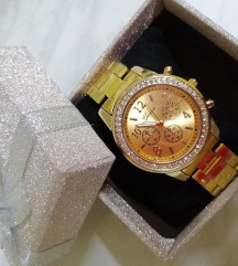 Novi geneva sat u ukrasnoj kutiji