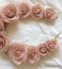 Ogrlica od ruža
