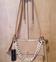 Nova kožna torbica