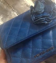 Twin Set, kozna torbica u Chanel stilu