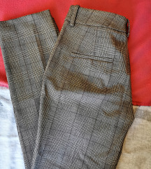 Zara karirane chino fit hlače