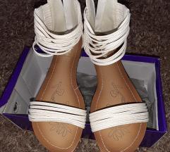Kiitten sandalice 39 Novo!
