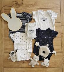 Moderna robica za bebu dečka,LOT