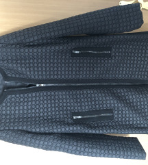 Armani Jeans crna jakna vel. 36