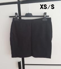 Crna mini suknja XS S