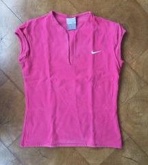 Nike pink majica kratkih rukava