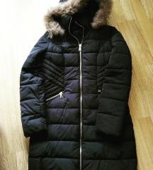 Crna zimska jakna..S/36