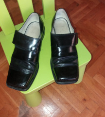 Šminkerske cipele