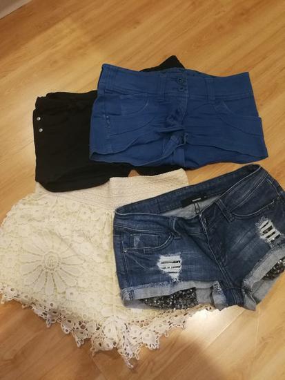 Kratke hlačice po 40kn