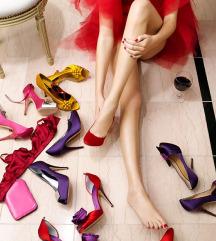 Akcija! Sve cipele s profila 60 KN (br.38,39)