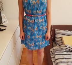 Plava ljetna cvjetna haljinica