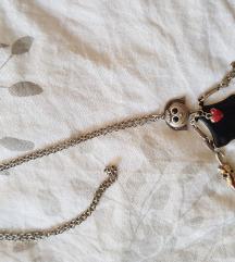 Unikatni dugi lančić s visećom djevojčicom