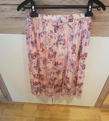 Plisirana cvjetna suknja