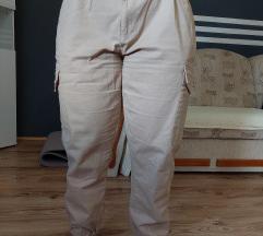 cargo hlače 42