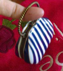 Porculanska starinska torbica za nakit