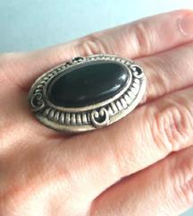 Unikatni prsten sa oniksom