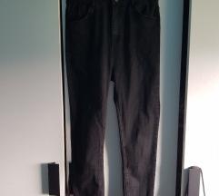 Ultra high waist Pull&Bear hlače 🎈 149kn