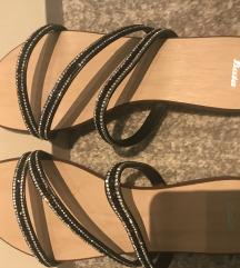 Papuče sa kamenčićima br 38