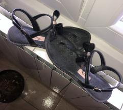 Predivne crne sandale!