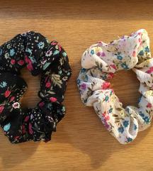 cvijetni scrunchie 2 komada