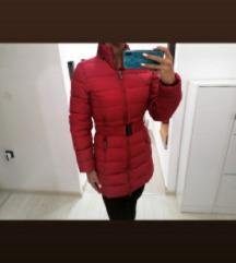 Nova crvena jakna s pojasom S