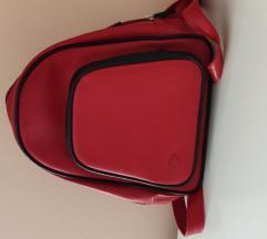 Umbro tamno crveni mini ruksak