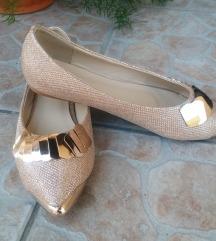 NOVE Zlatne balerinke br. 37