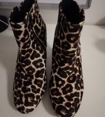 Leopard čizme na petu
