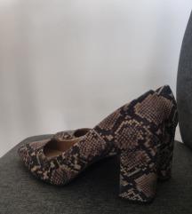 Cipelice na petu