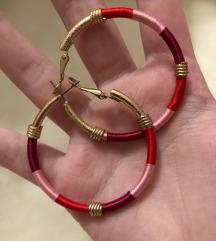 Crveno–zlatne nausnice