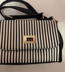 Prugasta torbica