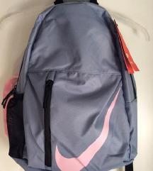 ⭐️ NIKE novi ruksak ⭐️