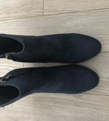 Čizme na debelu petu