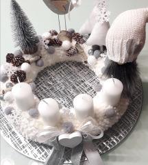 REZZ. Snježni adventski vijenac